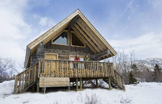 Sky High Wilderness Ranch: Aurora Cabin in Winter