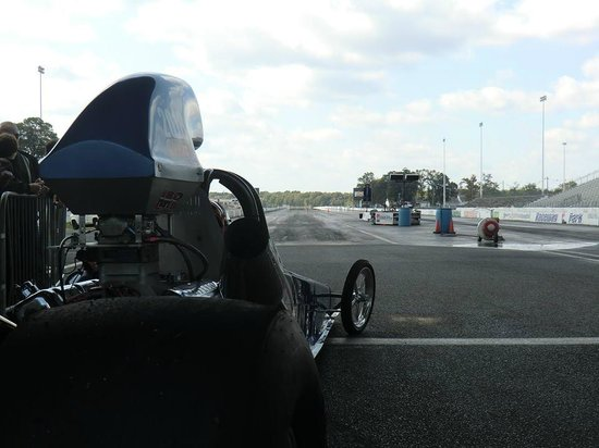 Looking down the track - Picture of Pure Speed Drag Racing