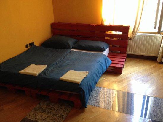 Cama Original Picture Of Rooms All 4 Seasons Zagreb Tripadvisor