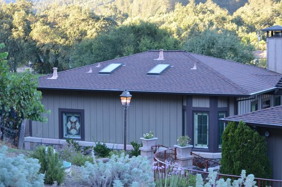 Wine Country Inn & Cottages : California Cottage