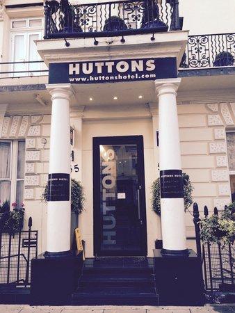 Huttons Hotel ingresso !!