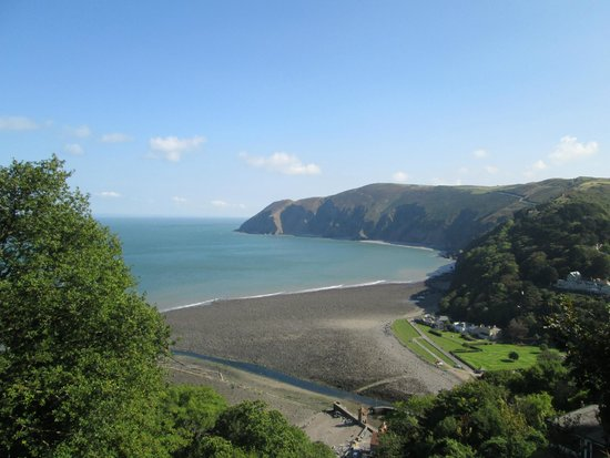 Escape The City Tours - Day Tours: Lynton view