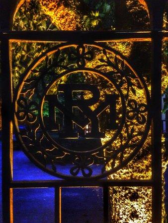 Moulin Des Ruats emblem