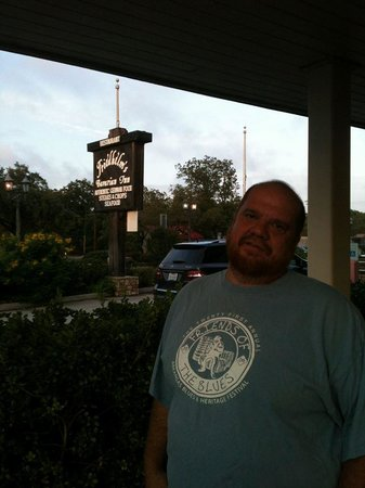 Friedhelms Bavarian Restaurant: standing in the front where you can see the sign
