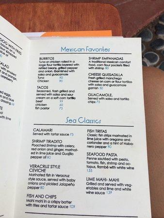 Embarc Zihuatanejo: Beach club menu