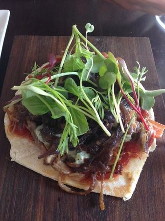 Eatery JHB: lamb flatbread