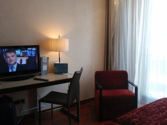 Eurostars Budapest Center Hotel: Habitación amplia