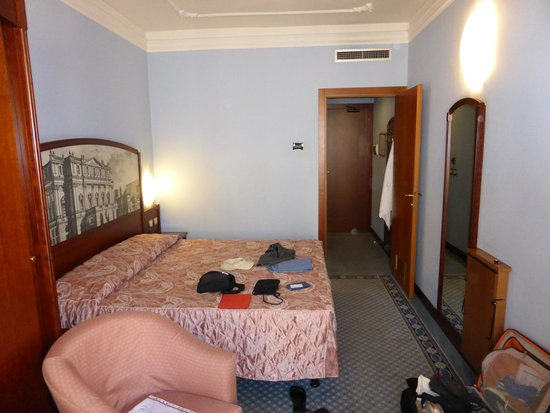 Mythos Hotel : Photo of our room
