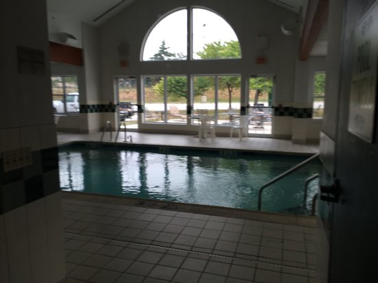 Country Inn & Suites By Carlson, York : Indoor pool