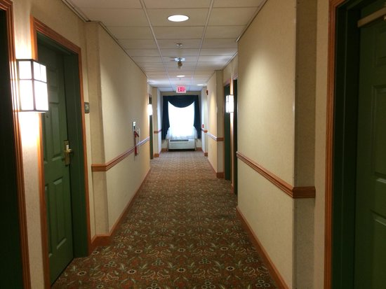 Country Inn & Suites By Carlson, York : Hallway