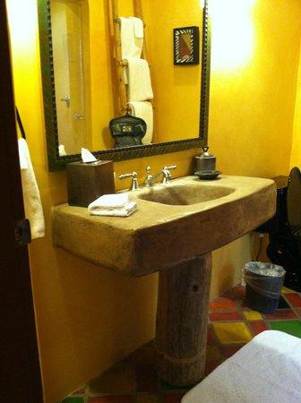 El Monte Sagrado: Bathroom, Concrete Sink But No Storage