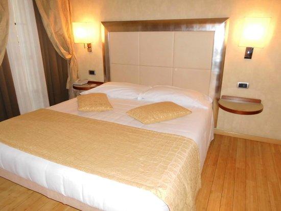 BEST WESTERN Crystal Palace Hotel : La cama