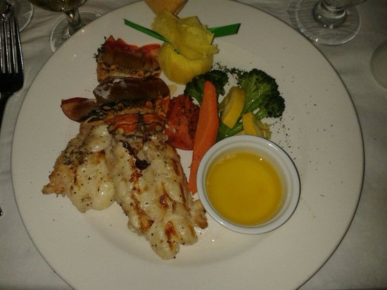 Luciano's of Chicago: Lobster main at Luciano's