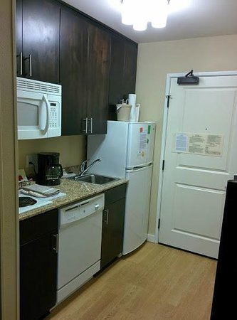 TownePlace Suites Bend Near Mt. Bachelor: Completely self-contained
