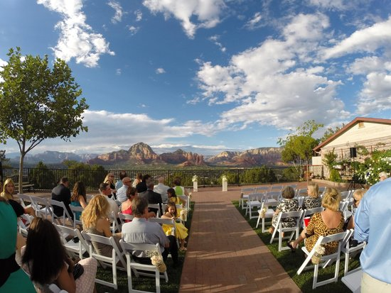 Sky Ranch Lodge Wedding Backdrop