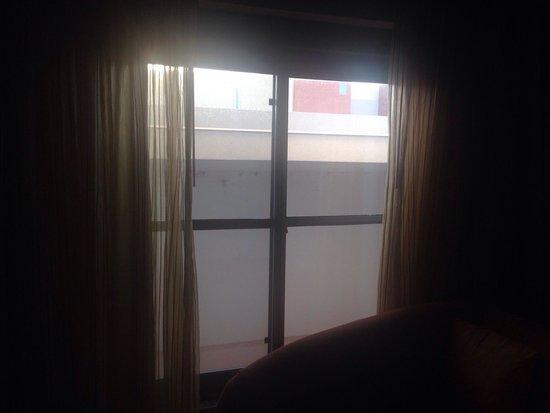 Renaissance Phoenix Glendale Hotel & Spa: View out of window.
