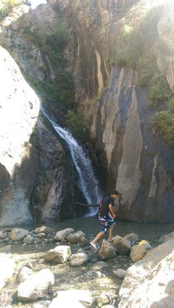 Travel Guides & Ideas: Waterfall on mountain