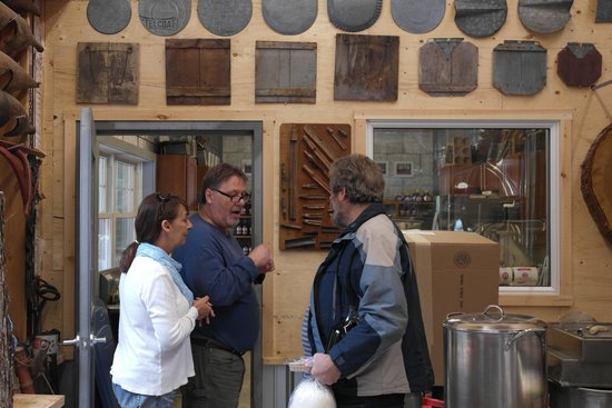 Sugarbush Hill Maple Farm: Pauline and Tom telling about maple sirup history to my brother in law