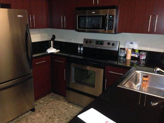 Staybridge Suites Las Vegas : キッチン