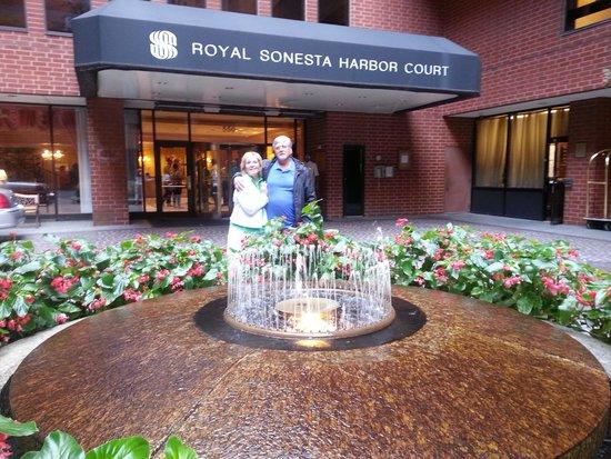 Royal Sonesta Harbor Court Baltimore: leaving the hotel for a walk