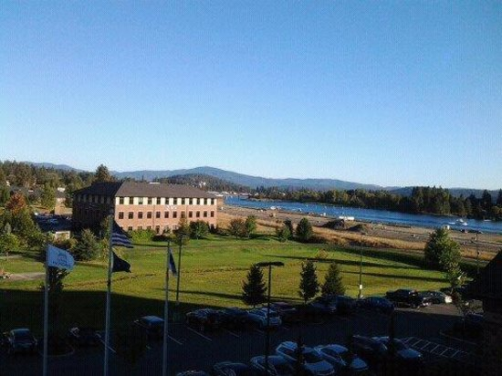 Hampton Inn & Suites Coeur d'Alene: View from room