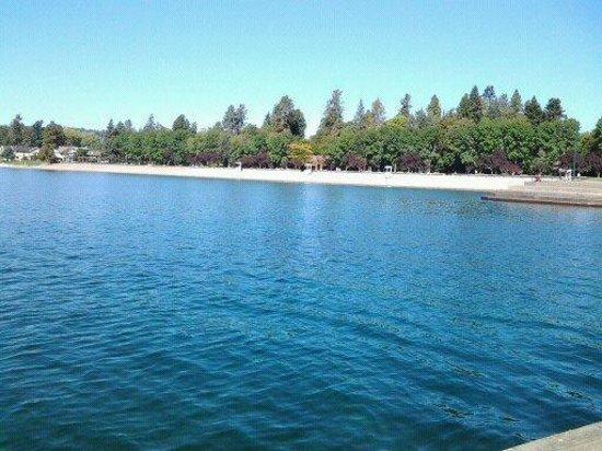 Hampton Inn & Suites Coeur d'Alene: Coeur d'Alene Lake is beautiful
