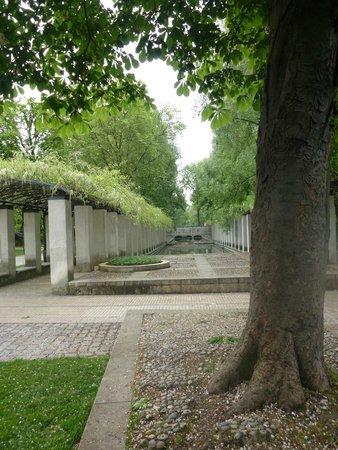 Ibis Paris Bercy Village 12eme: Bercy Village Park