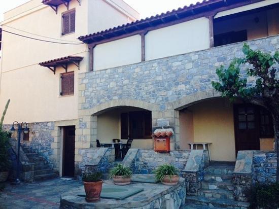 Madena Apartments : madena rooms 301 & 302