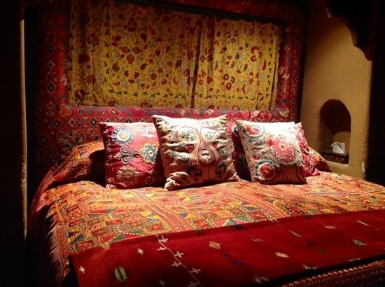 Inn of the Five Graces: Jade suite