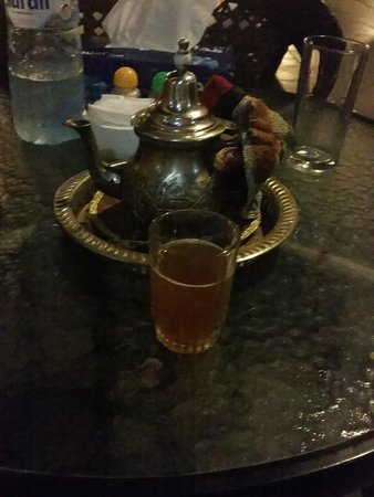 Tajine Restaurant : Moroccan Tea