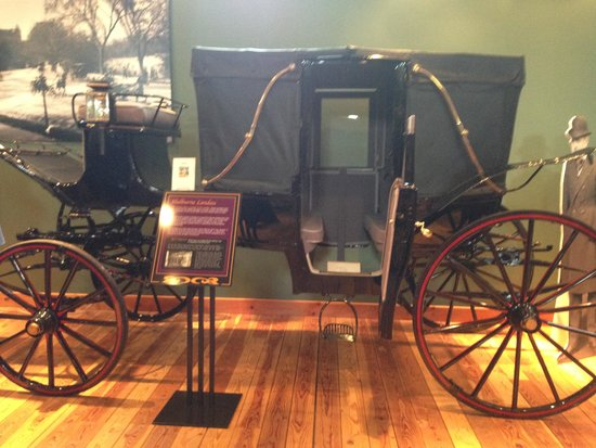 Northwest Carriage Museum: Carriage in Gone With the Wind