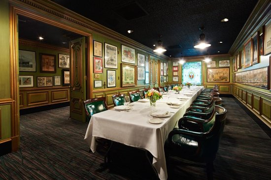 The Scarlet Huntington: Big 4 Private Dining