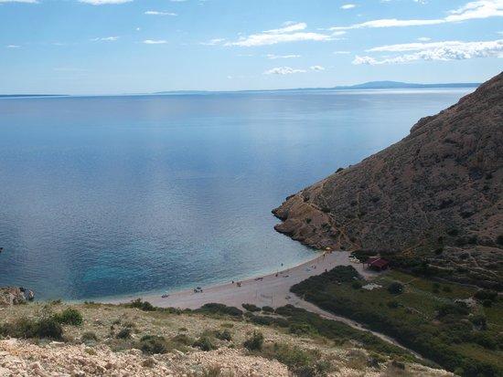 Stara Baska (Old Baska) : the secret beach of Stara Baska looking from the road above.