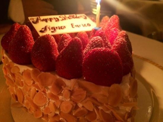 il Mare: birthday cake