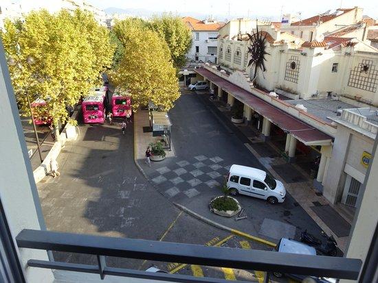 La Place Hotel Antibes: vue de la chambre