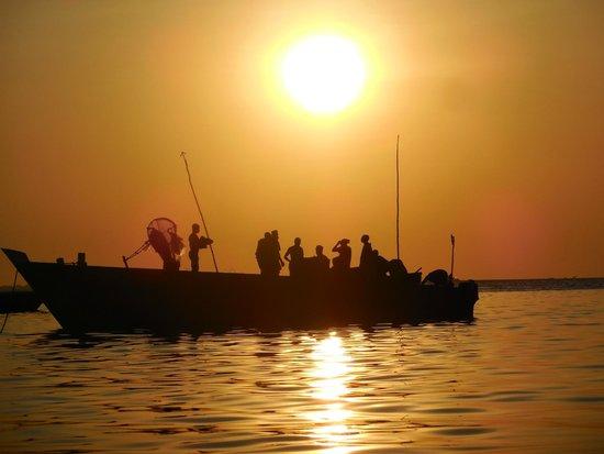 Livingstone Beach Restaurant: Sunset from the beach