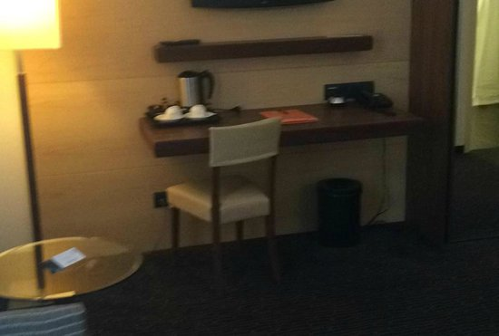 Hotel Imlauer Wien: Desk