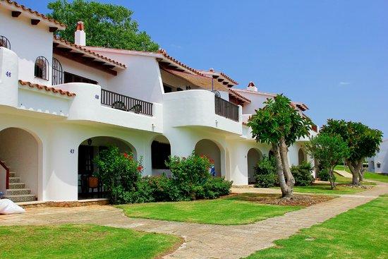 Son Bou Gardens Apartments - UPDATED 2018 Prices & Condominium ...