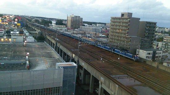 Chitose Station Hotel : 時刻表とにらめっこ!!寝台特急も見れますよ!!(^-^)
