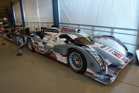 audi r 18 etron 2013 musee des 24 heures du mans. Black Bedroom Furniture Sets. Home Design Ideas