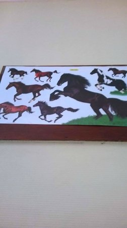 Hotel Santana: The infamous horse poster