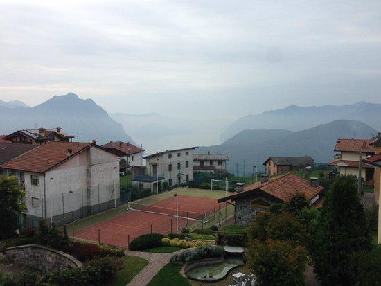 Hotel Miralago : Views & Hotels