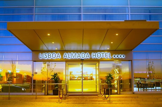 Lisboa Almada Hotel