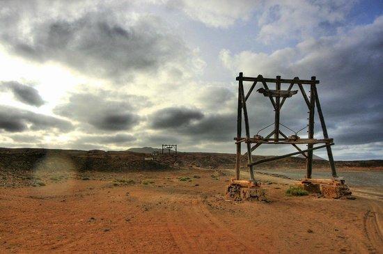 Pedra Lume Salt Crater: Опоры канатной дороги