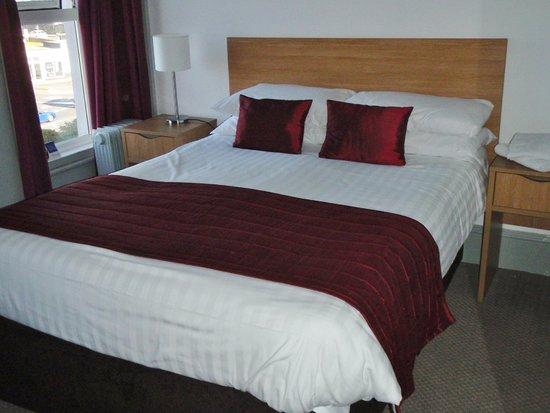 Bay Esplanade Hotel : Comfortable Bed