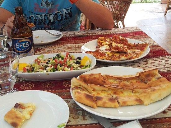 pizzas turcas - Picture of Anatolian Kitchen, Goreme - TripAdvisor