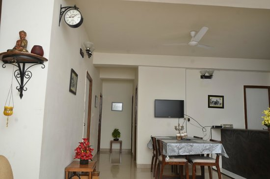 Gwalior Service Apartments : The Family Area