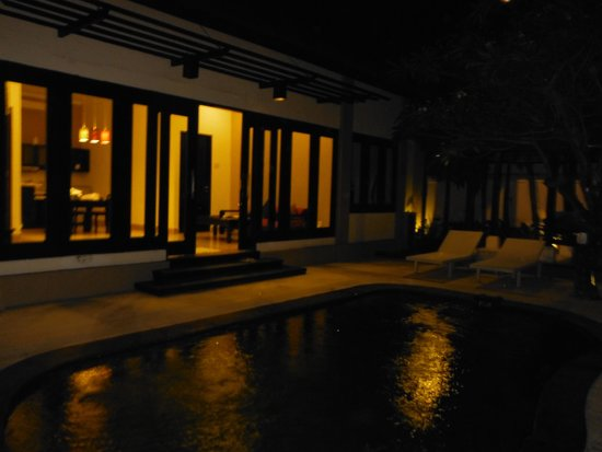 The Tukad Villa: the private pool in the courtyard