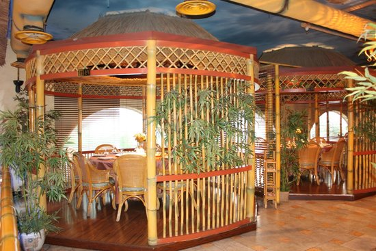 Bamboo Seafood Restaurant Open Family Area