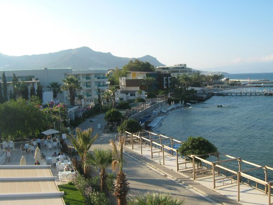 Sky Beach Hotel: View from Skysea Bedroom looking towards Turgutries
